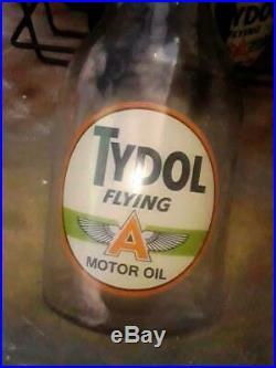 TYDOL FLYING A VINTAGE 6 MOTOR OIL GAS STATION BOTTLES w SPOUTS CAPS & RACK