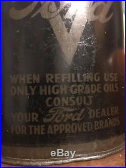 VINTAGE 1930s/40s FORD QUART OIL CAN CASTROL, SHELL & MOBILE ADVERT AT BOTTOM