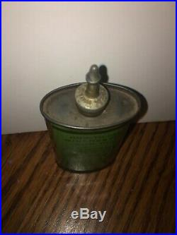 Vintage 3 oz. Winchester Gun Oil Can oval lead top, tin/can RARE GREEN CAN