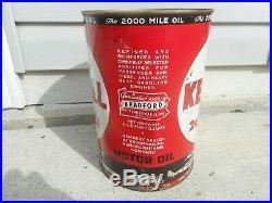 Vintage NOS FULL KENDALL 2000 MILE 5 QUART Gas Station MOTOR OIL Advertising Can