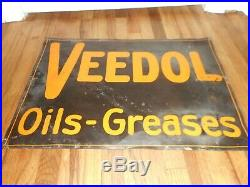 Vintage Original VEEDOL OILS GREASES TIN TACKER GAS STATION Advertising Sign
