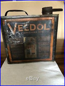 Vintage Original Veedol One (1) Gallon Oil Can w Cap And Spout