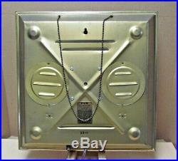 Vintage Pam Clock Wolf's Head Motor Oil 1960s Garage Art. Runs & Looks Great