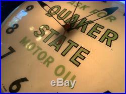 Vintage Quaker State Motor Oil 15 Light-Up Shop Clock