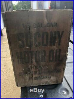 Vintage Socony Motor oil shipping crate box Standard Oil 15.25/11.5/10.75